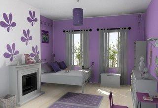 Dormitor pentru fete zugravit cu mov si mobila alba