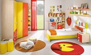 Mobila pentru copii cu galben si portocaliu