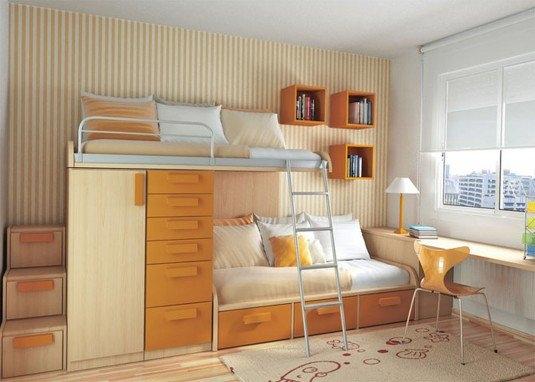 Camera mica si luminoasa pentru fetite
