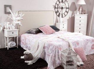 Idee de amenajare a unui dormitor feminin