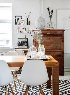 Piesa de mobilier mica pentru compartimentare in stil scandinav