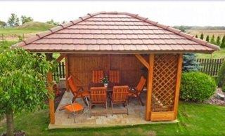 Idee amenajare foisor de gradina din lemn