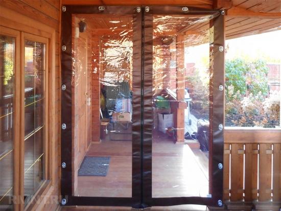Folie transparenta usa terasa