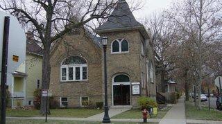 Biserica inainte de a fi renovata