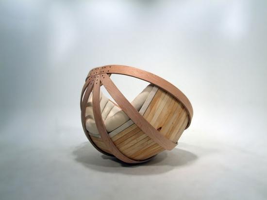 fotoliu din lemn in forma de jumtate de sfera