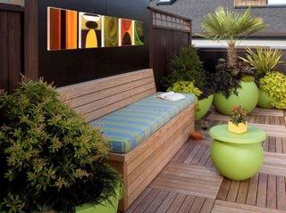 Gard modern curte confectionat din panouri lemn