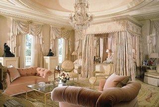 Dormitor luxos in stil baroc