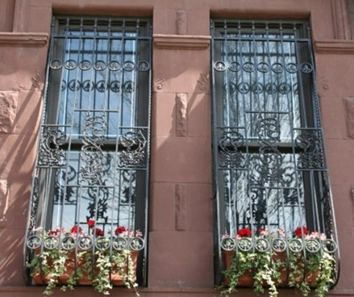 Grilaje ferestre lungi