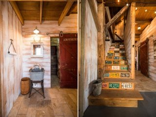 Elemente ale vechiului hambar precum usa pe sina si scara interioara pastrate