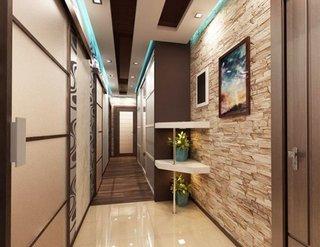 Hol lung si ingust apartament cu perete de piatra