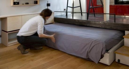 Canapea care se transforma in pat model pentru garsoniera
