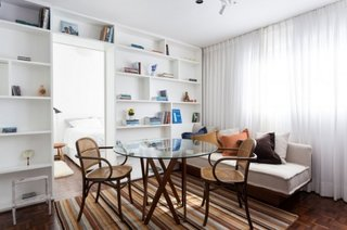 Decor modern apartament mic cu living si dining