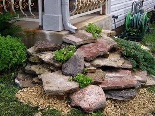 Sistem captare apa cu lespezi mari de piatra