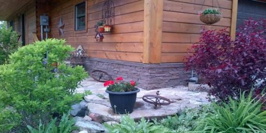 Brau casa placat cu piatra decorativa