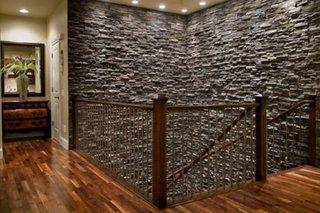 Casa scarii placata cu piatra decorativa artificiala
