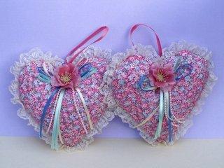 Pernute decorative in forma de inima