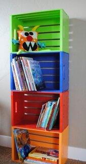 Etajere pentru camera copilului din ladite de lemn