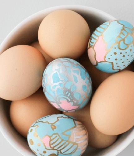 Tehnica grafitti pentru vopsirea oualelor