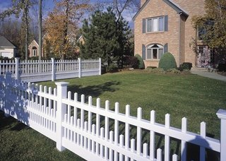 Gard alb din plastic pvc pentru gradina