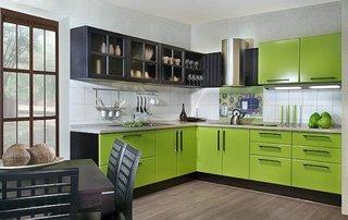 Bucatarie cu decor verde