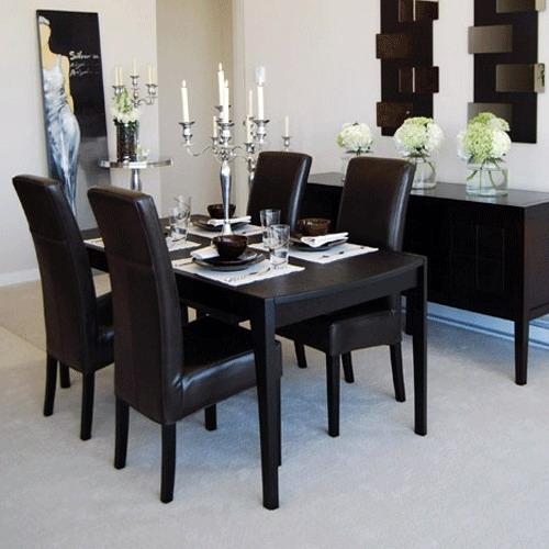 Mobila de dinning cu masa si scaune din lemn de nuc negru
