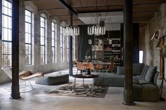 Apartament amenajat industrial cu coloane de rezistenta