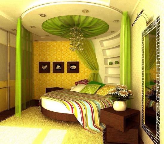 Dormitor verde cu pat rotund