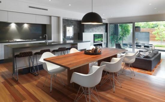 Plan open space cu pardoseala din lemn masiv