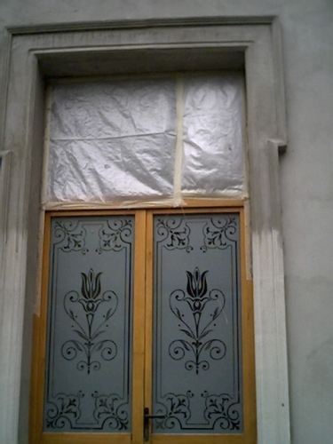 Ornament exterior  fereastra  tencuit