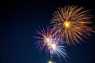 La Multi Ani si un An Nou fericit