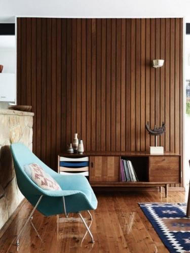 Perete decorat cu lambriu lemn living modern minimalist