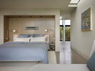 Lampi metalice dormitor