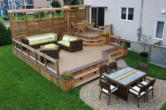 Model de amenajare a unei terase cu lemn