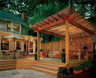 Pergola si terasa construite din lemn compozit ecologic