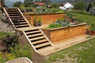 Model de scari din lemn pentru gradina