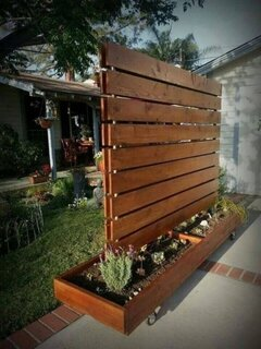 Perete despartitor pentru terasa din lemn