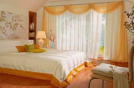 Cuvertura de pat cu bordura de satin