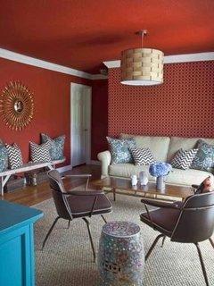 Mobilier vintage combinat cu canapea in stil clasic