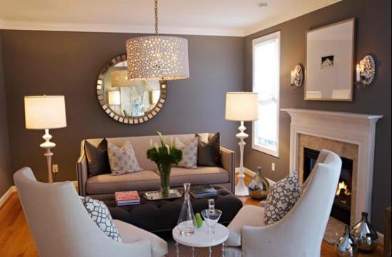 Living mic de apartament cu fotolii moderne si canapea clasica bej