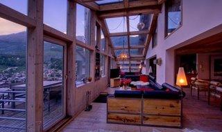 Balcon din sticla transformat in living