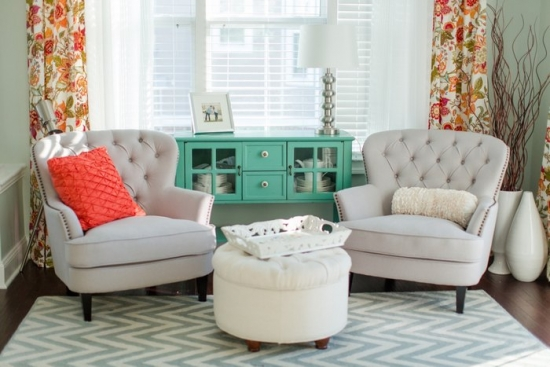 Amenajarea unui living mic fara canapea - sfaturi utile de la specialisti