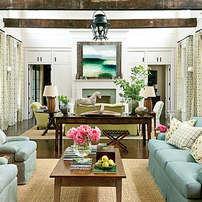 Living cu elemente rustice asortate cu elemente moderne