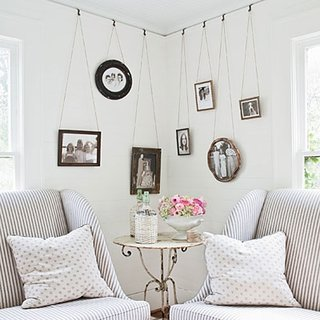 Tablouri atarnate pe pereti in mod ingenios