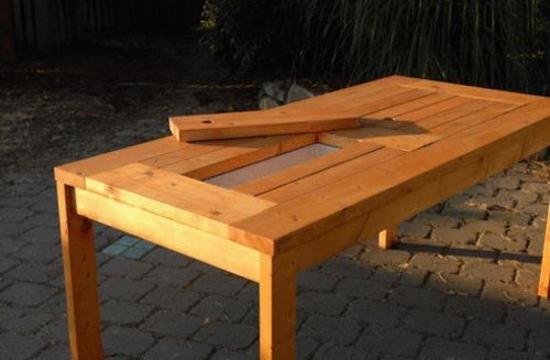 Masa din lemn cu cutie pentru gheata