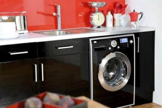 Masina de spalat rufe in bucatarie - idei pentru mascarea ei
