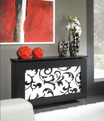 Masca pentru radiator cu laterale negre si fata alba cu modele negre