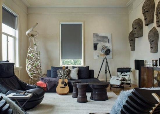 Living modern amenajat cu decoratiuni africane