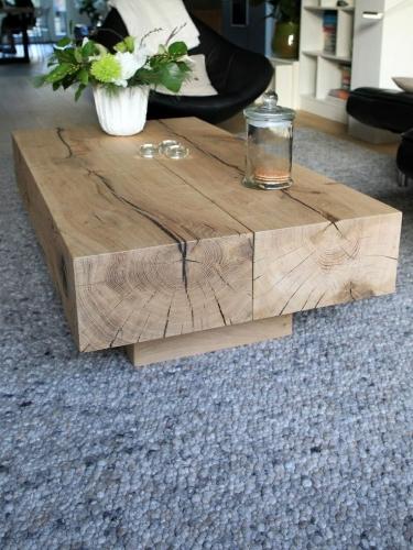 Masuta din lemn rustica