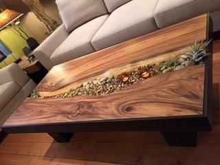 Masuta moderna din lemn