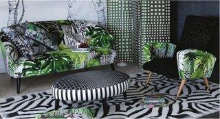 Combinatie de mobilier tapitat cu imprimeuri diferite
